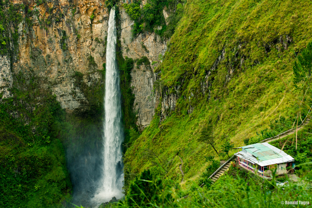 Sipiso Piso Waterfall by kamsky, on Flickr