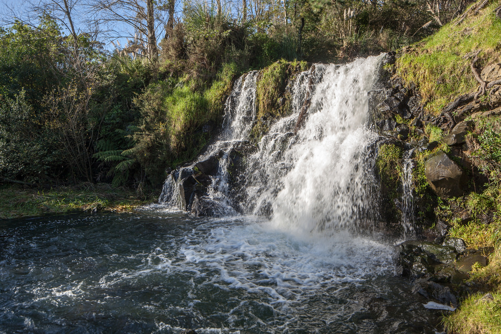 Waitangi Falls, Glenbrook, Auckland by russellstreet, on Flickr