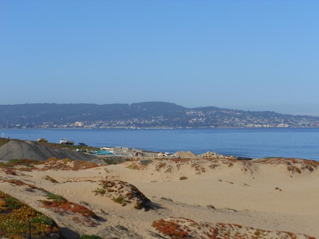 Monterey Bay, Near Monterey, California by Ken Lund, on Flickr
