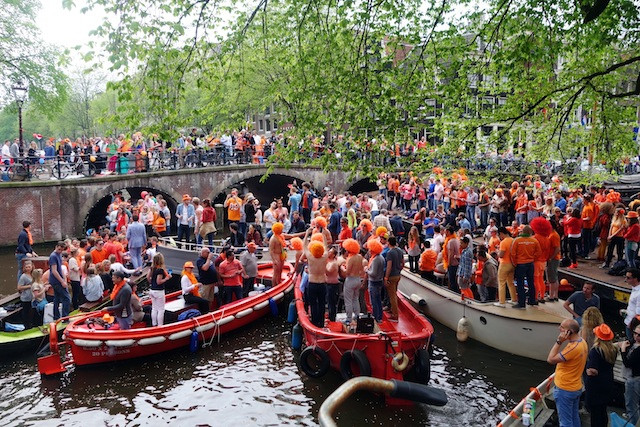Amsterdam King's Day boats on Brouwersgr by currystrumpet, on Flickr