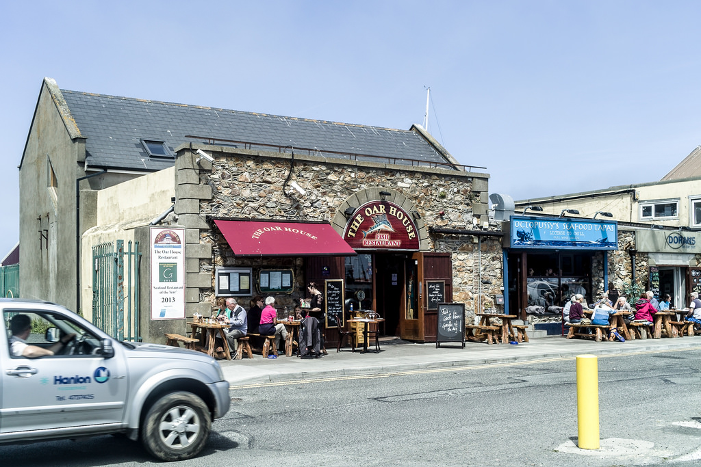 THE OAR HOUSE RESTAURANT - HOWTH HARBOUR by infomatique, on Flickr