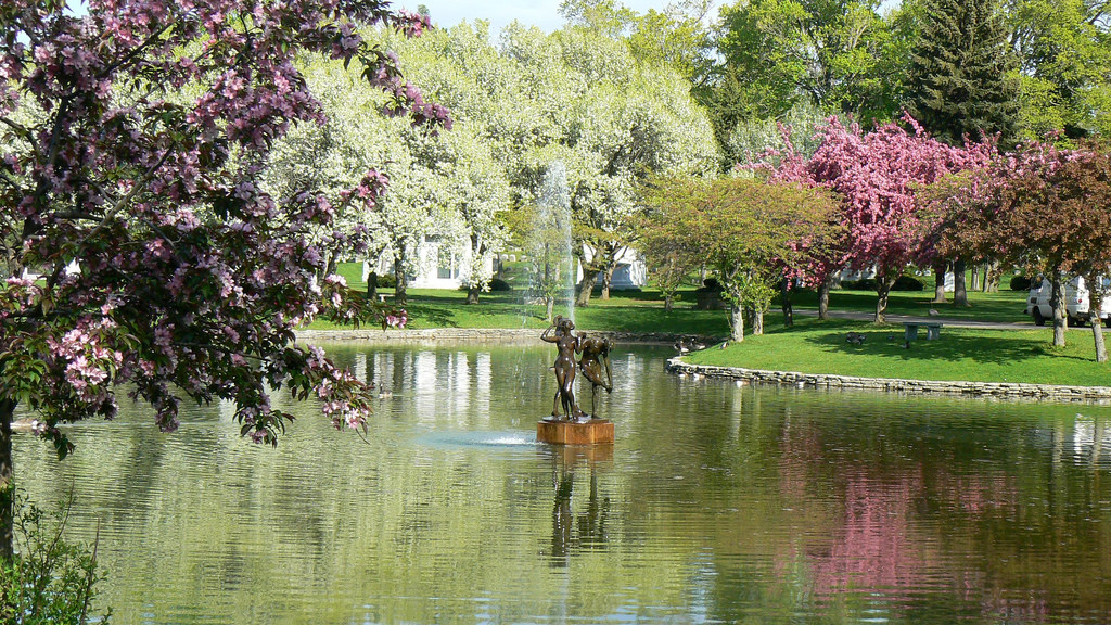 Mirror Lake in Forest Lawn by ~Sage~, on Flickr
