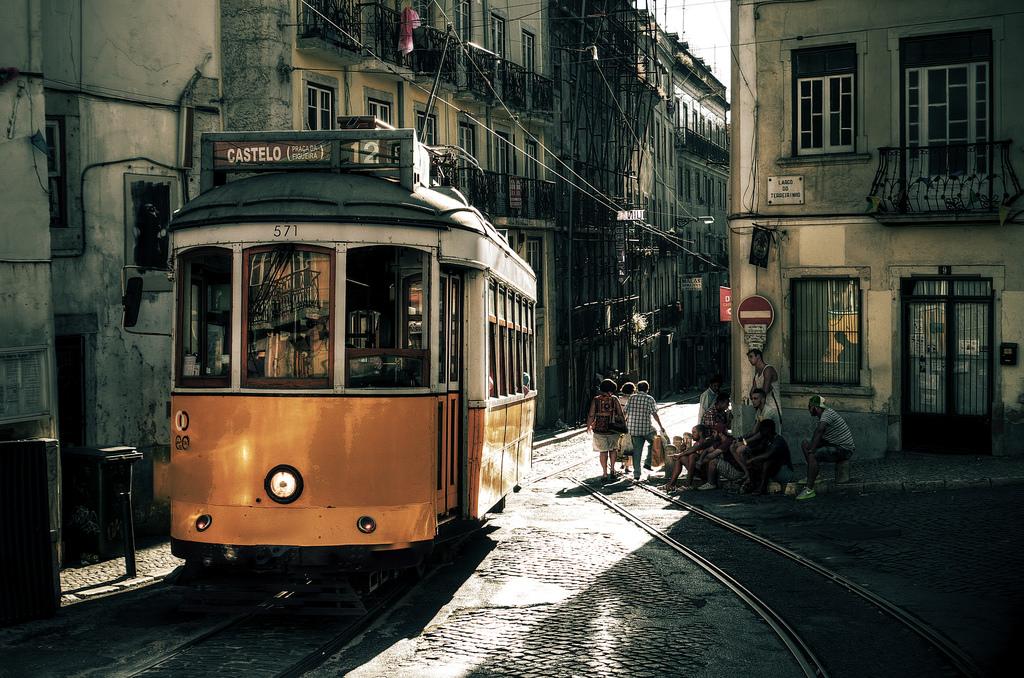 Tram in Castelo, Lisbon by Rob Hurson, on Flickr