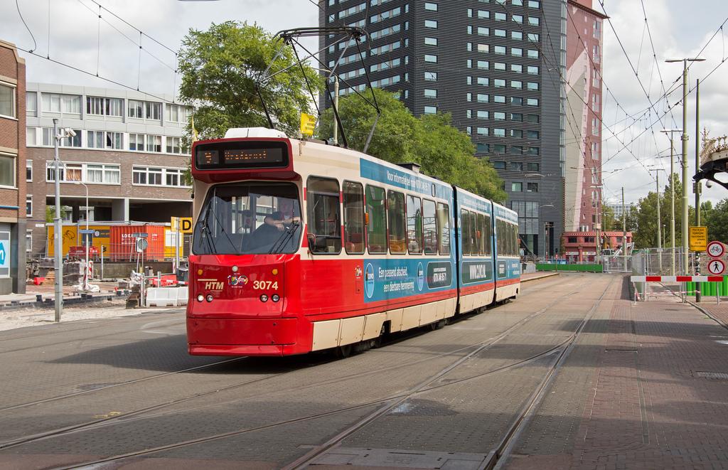 Den Haag HS Tram HTM 3074 naar Vrederust by Rob Dammers, on Flickr