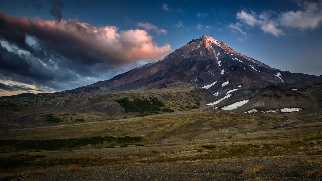 Volcano Koryaksky (Kamchatka) by kuhnmi, on Flickr