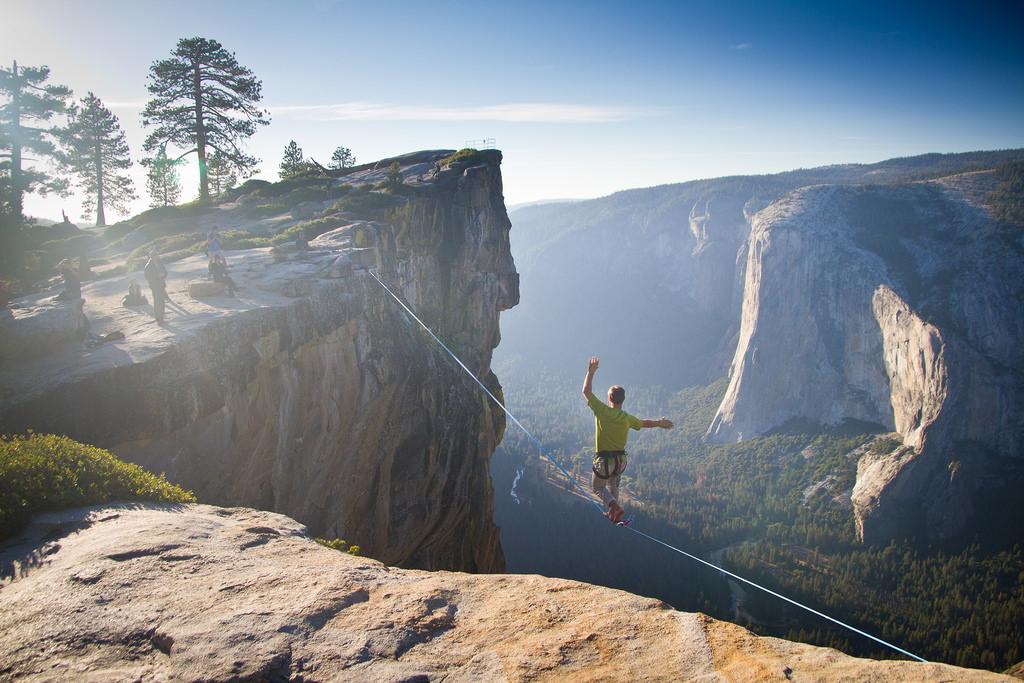 Yosemite Highlining by Jeff Pang, on Flickr