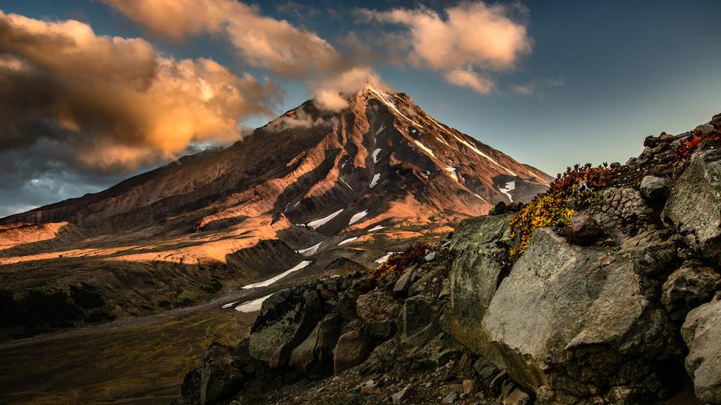 Volcano Koryaksky (Kamchatka) at Sunrise by kuhnmi, on Flickr