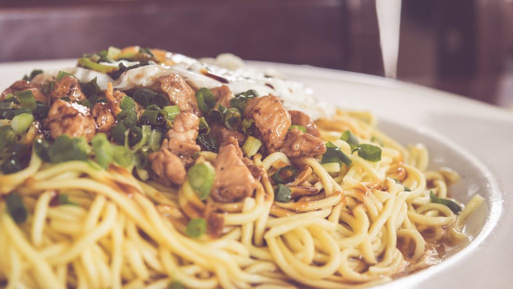 Chicken & Egg Noodles by yashxg, on Flickr