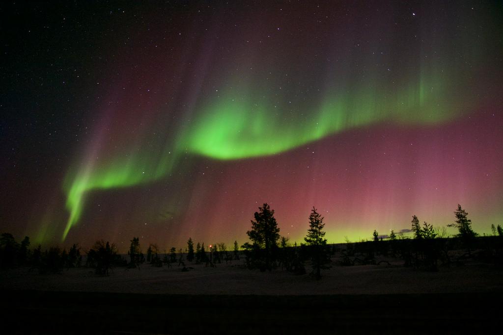 Finnish aurora, KP8 by MoneLoe, on Flickr