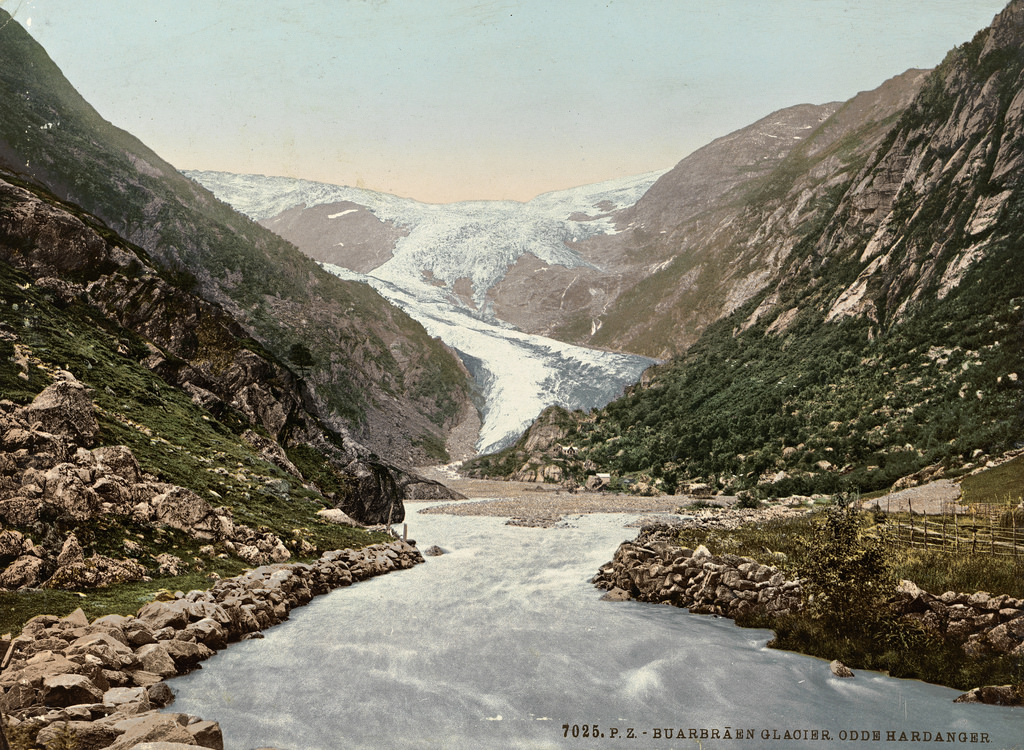 7025. P. Z. Buarbraen Glacier. Odde Hard by National Library of Norway, on Flickr