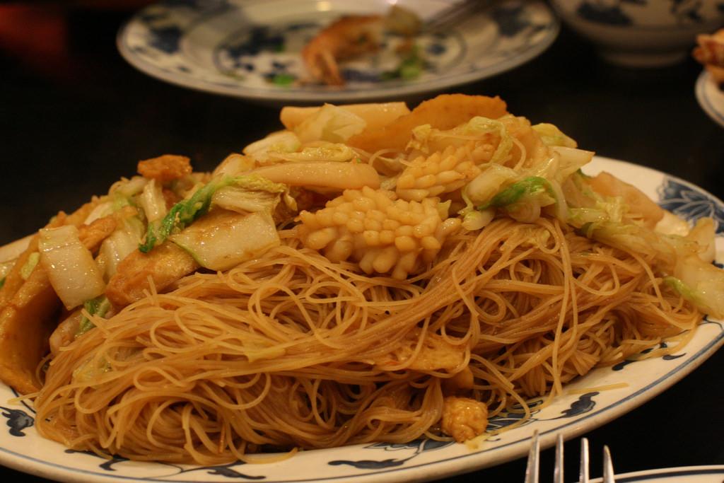 pancit bihon - seafood stir fried rice n by *highlimitzz, on Flickr