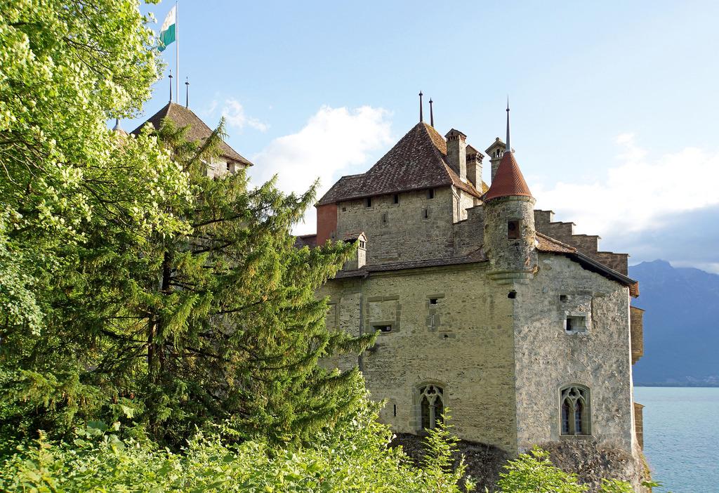 Switzerland-02965 - Château de Chillon by archer10 (Dennis) 98M Views, on Flickr