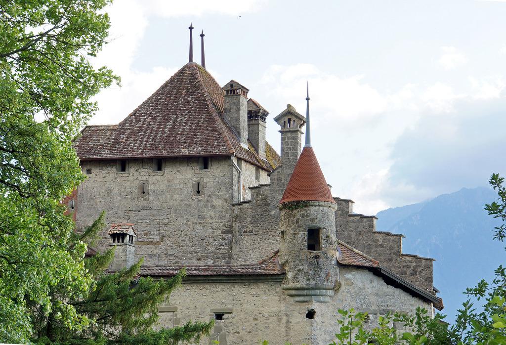 Switzerland-02960 - Château de Chillon by archer10 (Dennis) 98M Views, on Flickr