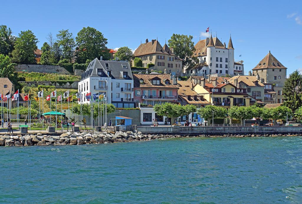 Switzerland-02878 - Nyon by archer10 (Dennis) 98M Views, on Flickr