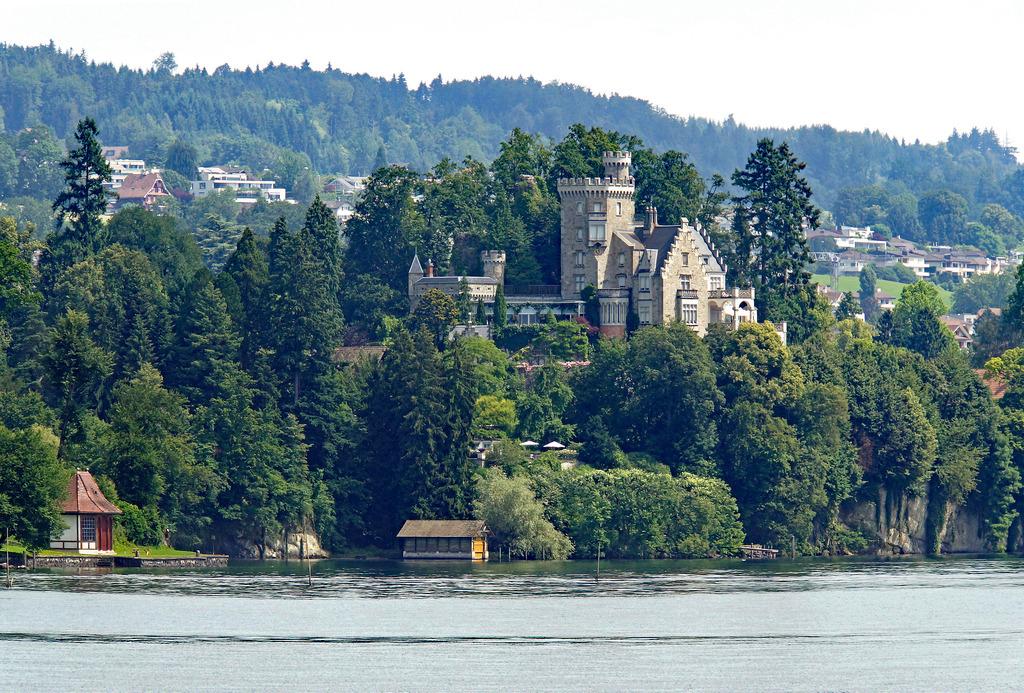 Switzerland-03542 - Neuhabsburg Castle by archer10 (Dennis) 98M Views, on Flickr