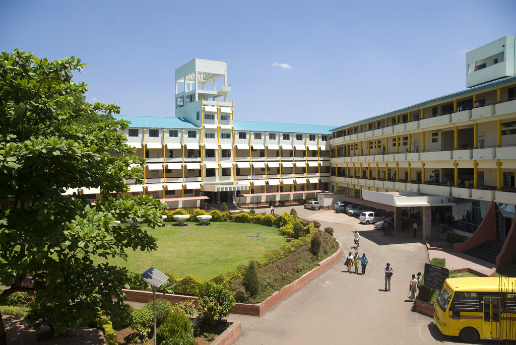 DY Patil College of Engineering & Techno by G0SUB, on Flickr