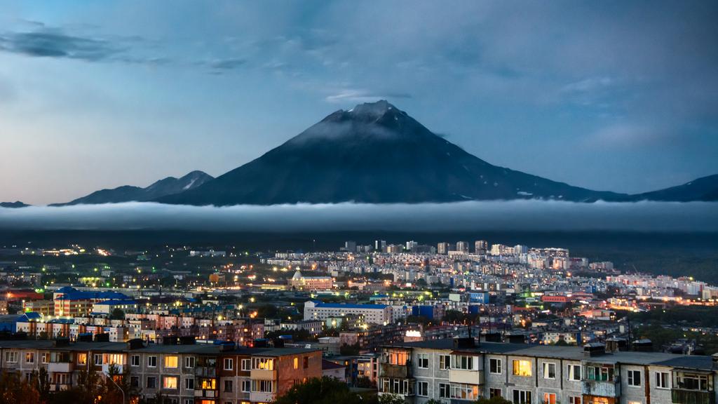 Dusk over Kamchatka by kuhnmi, on Flickr