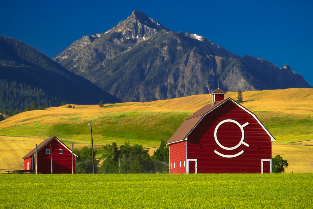 Red Barn with Eagle Cap Wilderness Mount by Forest Service Pacific Northwest Region, on Flickr