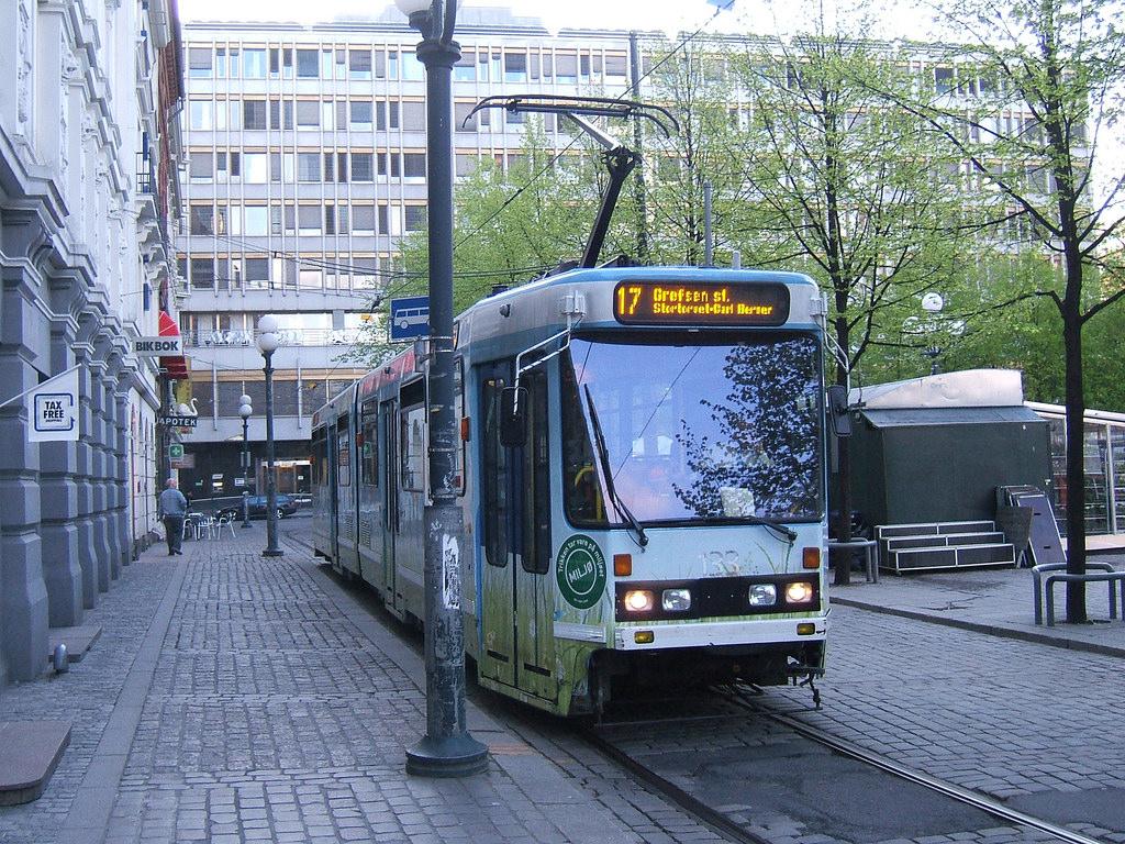 Oslo tram by LHOON, on Flickr