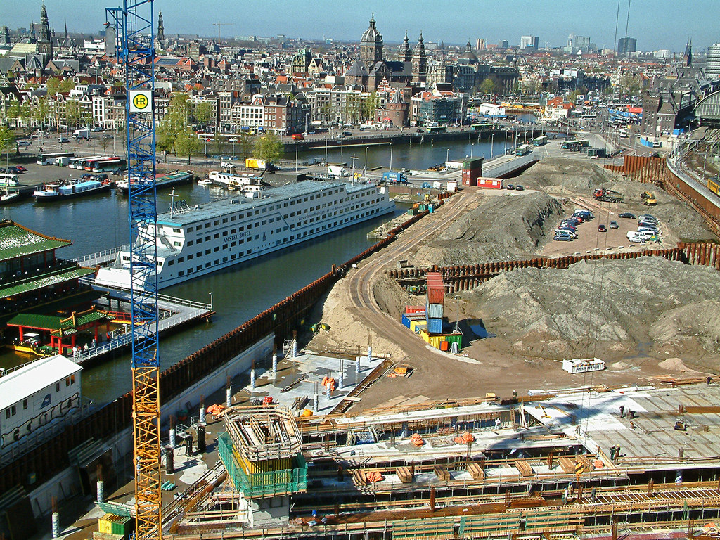 2005.04 - 'View over the old city center by Amsterdam photos, pictures, foto