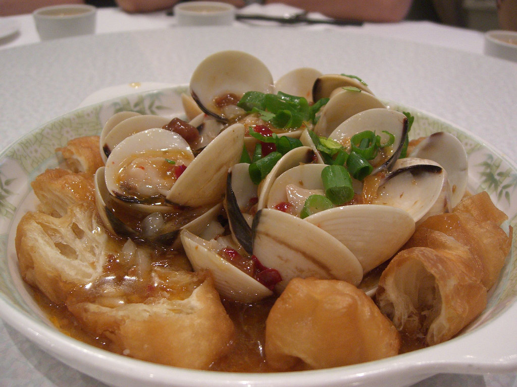 Pipis in XO Sauce on Chinese Doughnuts - by avlxyz, on Flickr