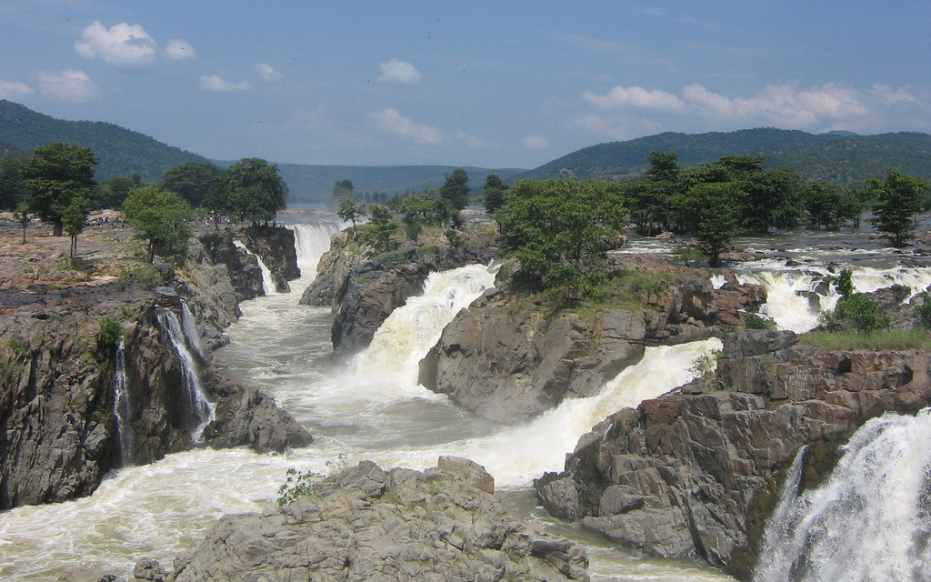 Hogenakkal Waterfalls - Tamil Nadu, Indi by Trodel, on Flickr