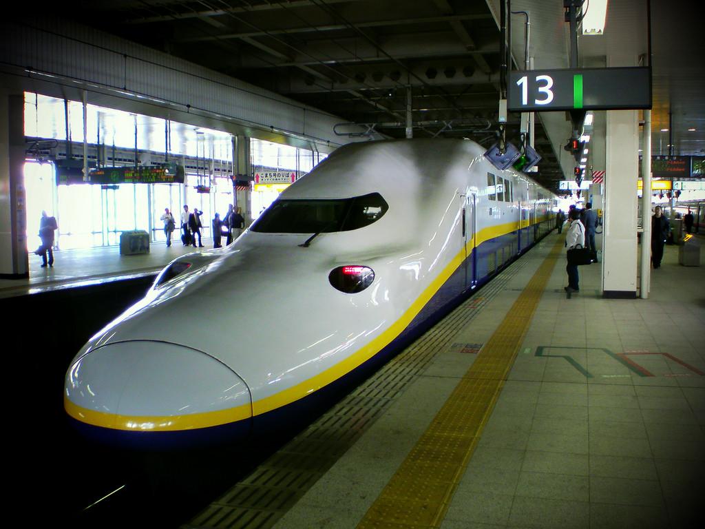 Japanese bullet train !!!! by MIKI Yoshihito. (#mikiyoshihito), on Flickr