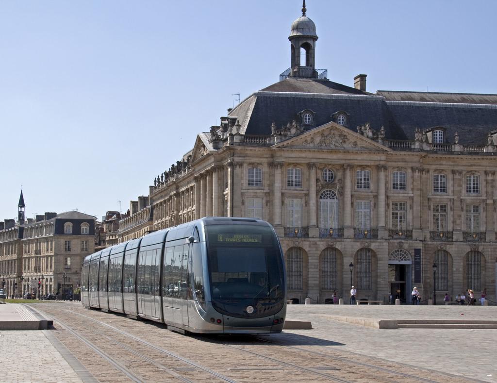 Tram Bordeaux by ahisgett, on Flickr