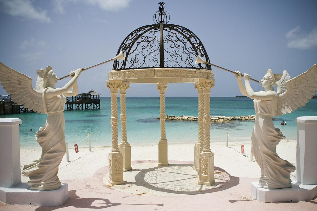 Beach wedding venue by odetothebigsea, on Flickr