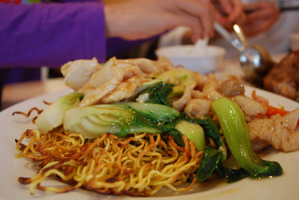 Crispy Fried Noodles with Chicken - Chin by avlxyz, on Flickr