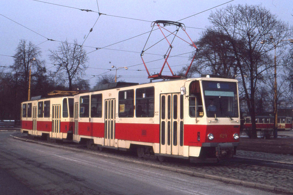 Košice Tramvaj.  Tatra T6A5 tram nr 624 by sludgegulper, on Flickr