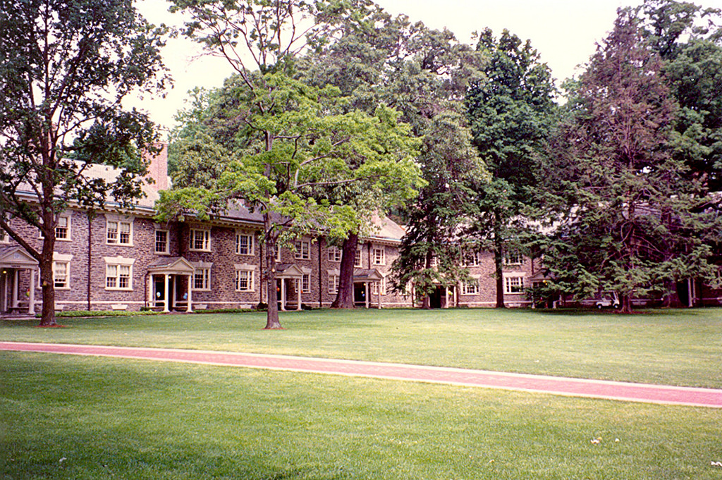 Haverford  College - Lloyd Hall (1993) by roger4336, on Flickr