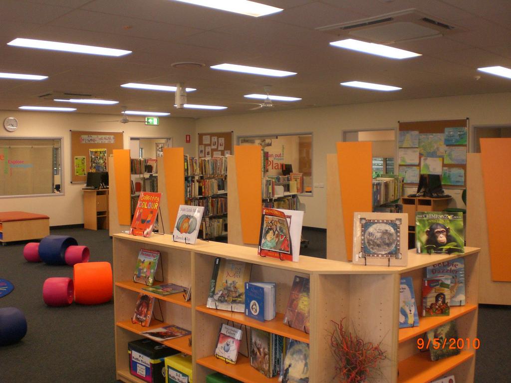 Hambledon PS School Library - 04 by franlhughes, on Flickr