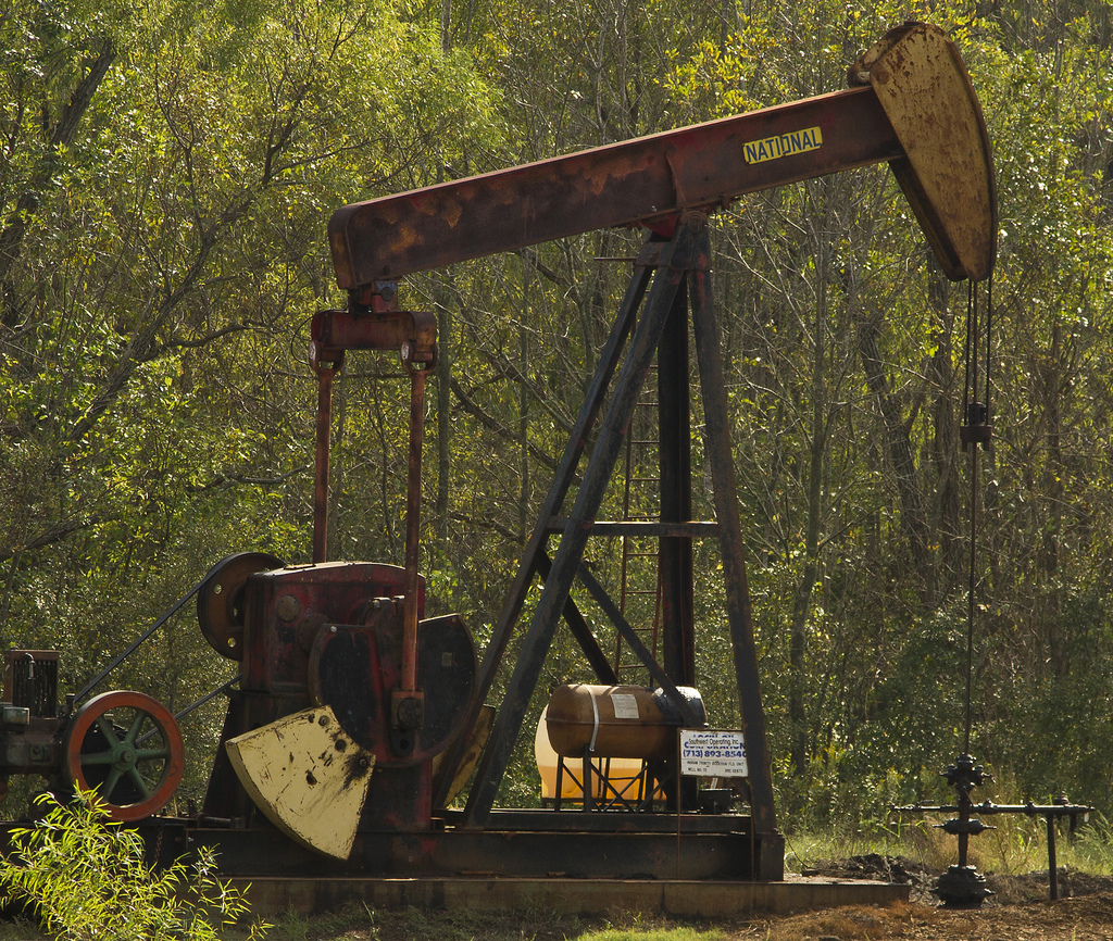 East Texas Oil Well Pump by rcbodden, on Flickr