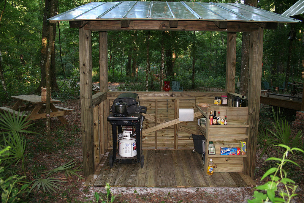 2006 Grill Shed Back by anoldent, on Flickr