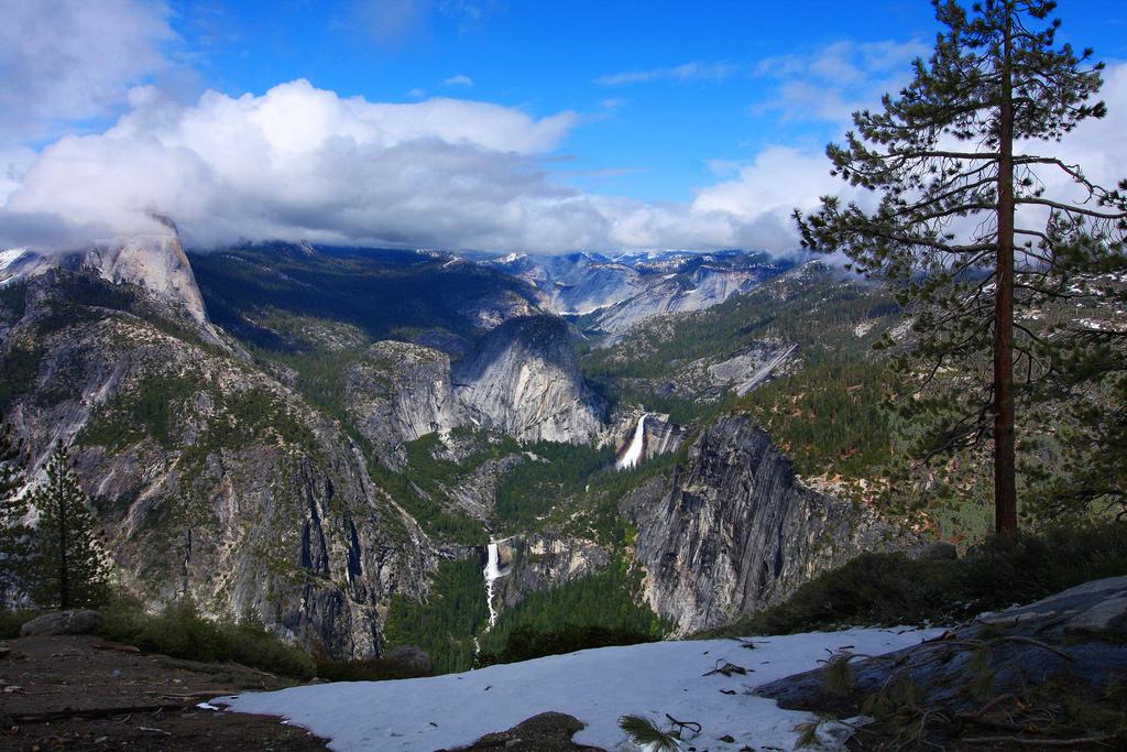 Little Yosemite Valley by Rennett Stowe, on Flickr