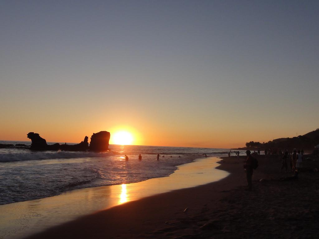 Playa El Tunco, El Salvador. by over_kind_man, on Flickr