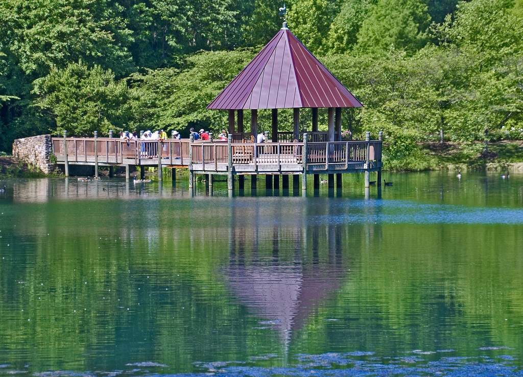 The Gazebo on Lake Caroline -- Meadowlar by Ron Cogswell, on Flickr