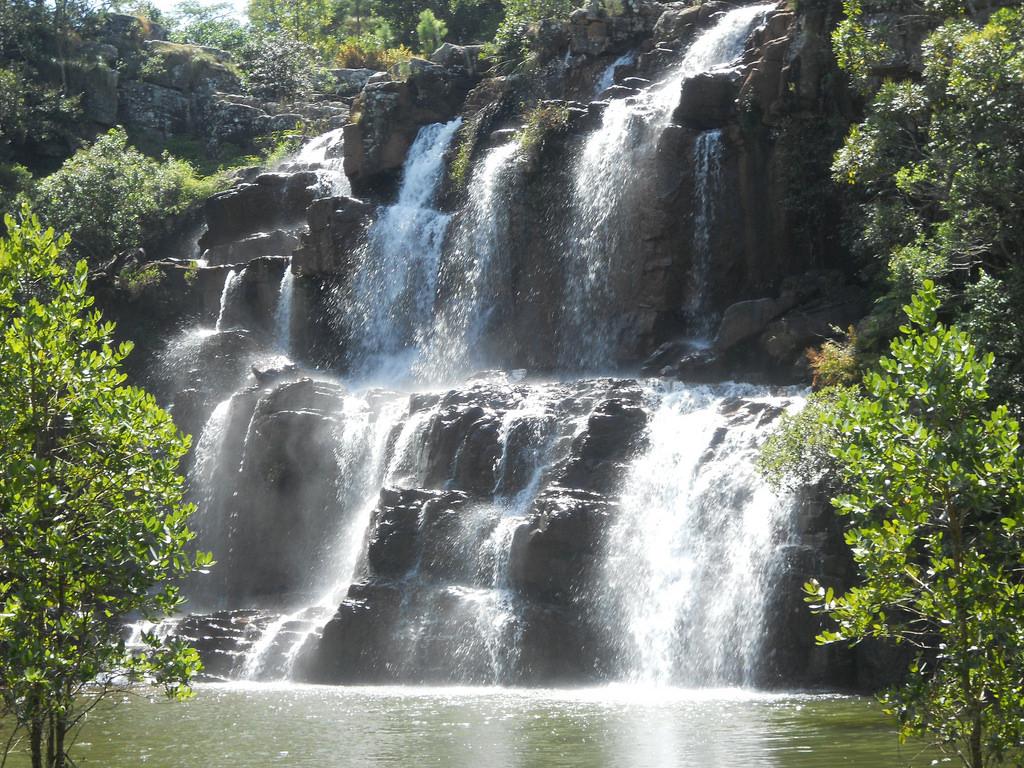 DSCN1041 - tshirovha waterfall by Sam Lee Pan, on Flickr