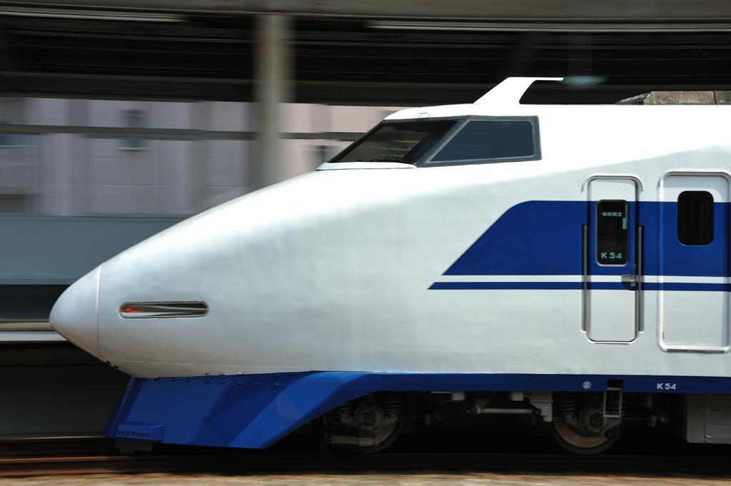 Shinkansen 100 series by kubotake, on Flickr
