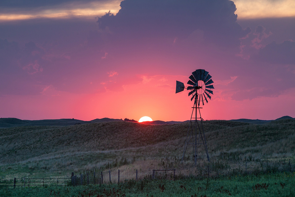 Windmill at Sunset - Valentine Nebraska by Kelly DeLay, on Flickr