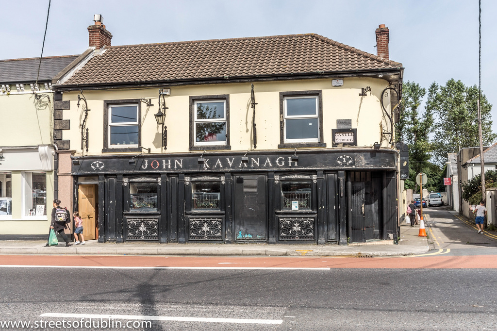 John Kavanagh Pub On Castle Street - Bra by infomatique, on Flickr