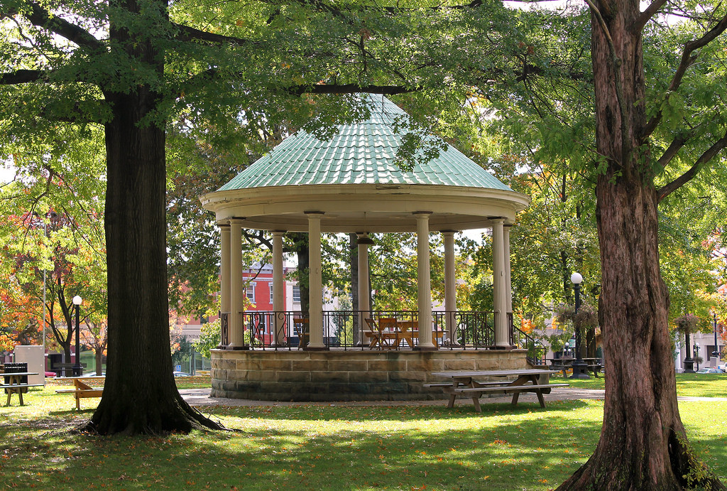 The Gazebo in Courthouse Square, Warren. by Jack W. Pearce, on Flickr