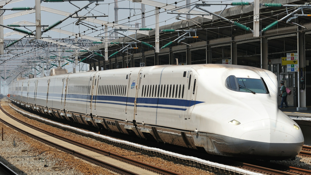Shinkansen N700 by kubotake, on Flickr