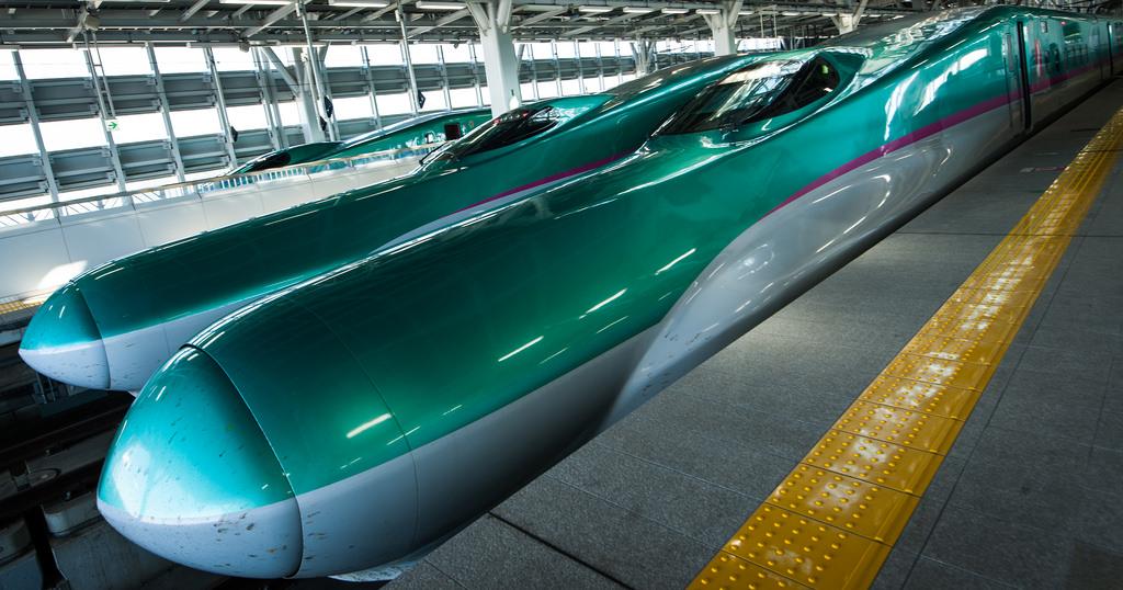 東北新幹線E5系「はやぶさ」 by cktse, on Flickr