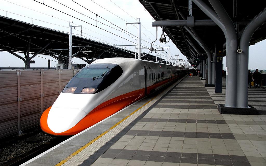 台灣高鐵700T型電聯車 (THSR 700T) by billy1125, on Flickr
