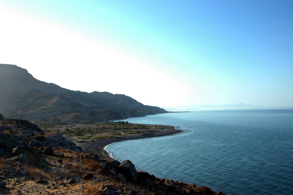 Desert beach, rocks, mountains, outside by Wonderlane, on Flickr