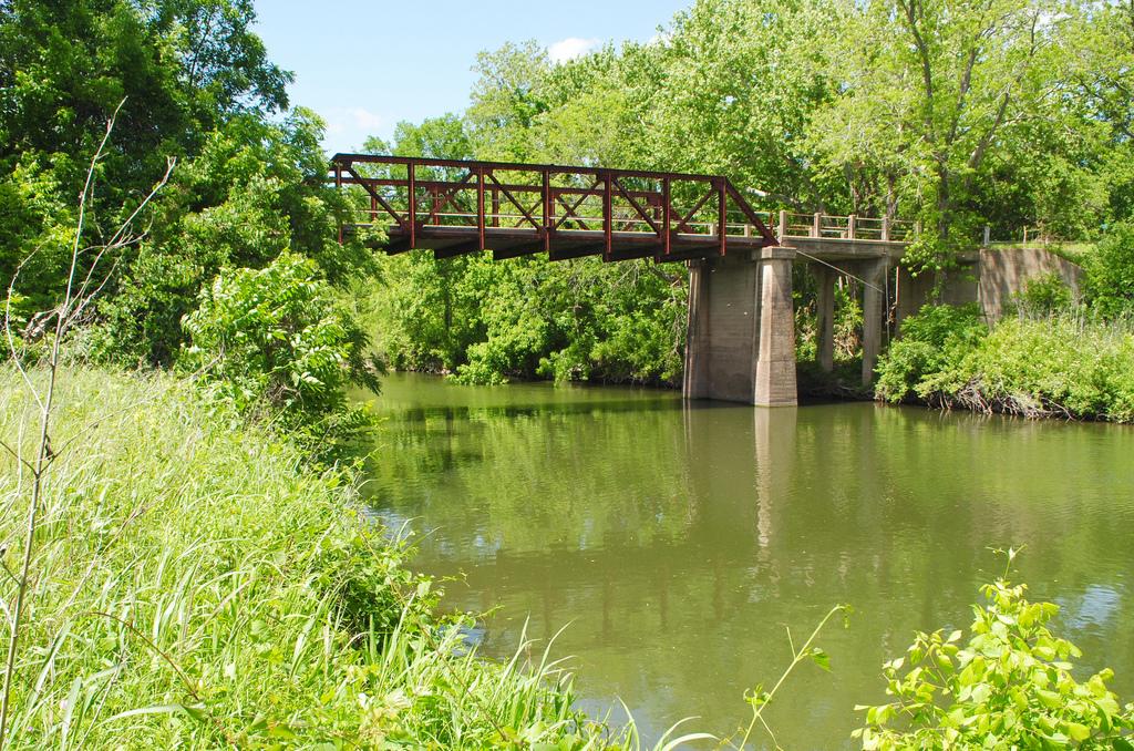 Pony Truss Bridge, LCR 402 over Navasota by Patrick Feller, on Flickr