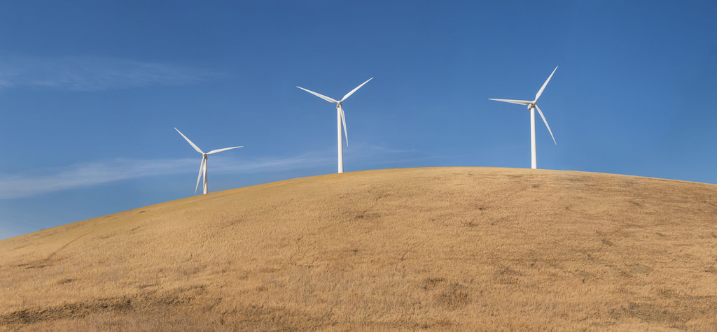 Altamont Pass Wind Farm Windmills by BillChristian, on Flickr