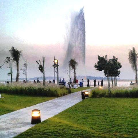 Fountain, king Faisal, jeddah by Iqbal Osman1, on Flickr